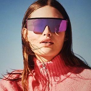 SALE VS pink mirrored shield sunnies